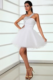 Sassy White A-Line One Shoulder Sweetheart Beading Short/Mini Graduation / Cocktail Dresses