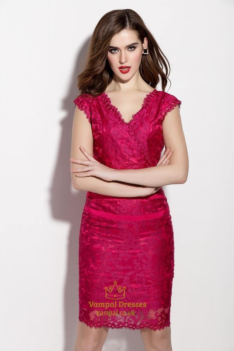 Champagne V Neck Sheath Cocktail Dress With Lace Applique