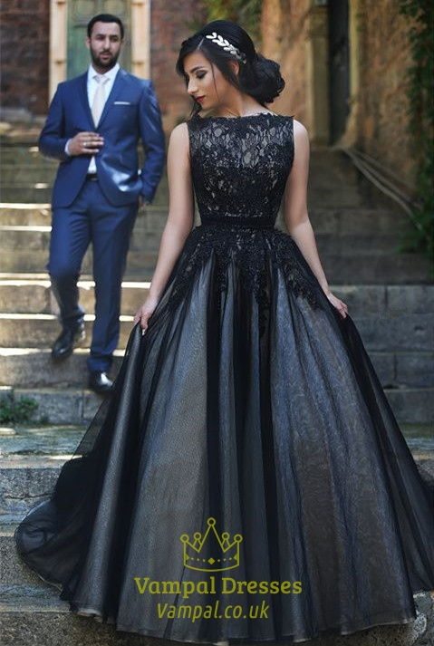 Princess Black Lace Embellished Tulle Ball Gown Formal