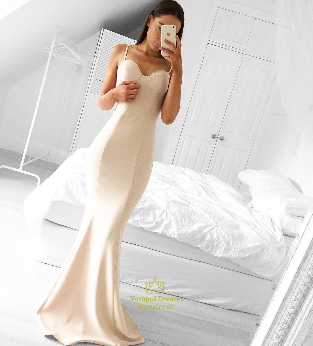 simple elegant champagne sleeveless long mermaid prom dress with strap