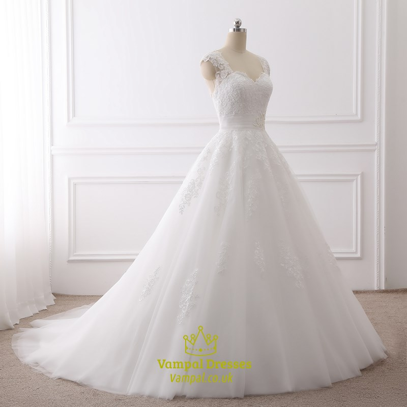 Sweetheart Wedding Dress With Cap Sleeves: White Cap Sleeve Sweetheart Neckline Wedding Dress With