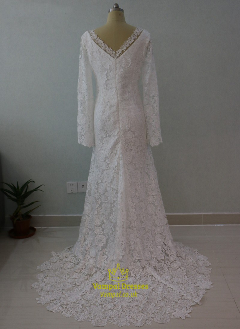 Elegant long sleeve v neck lace floor length mermaid for Elegant long sleeve wedding dresses