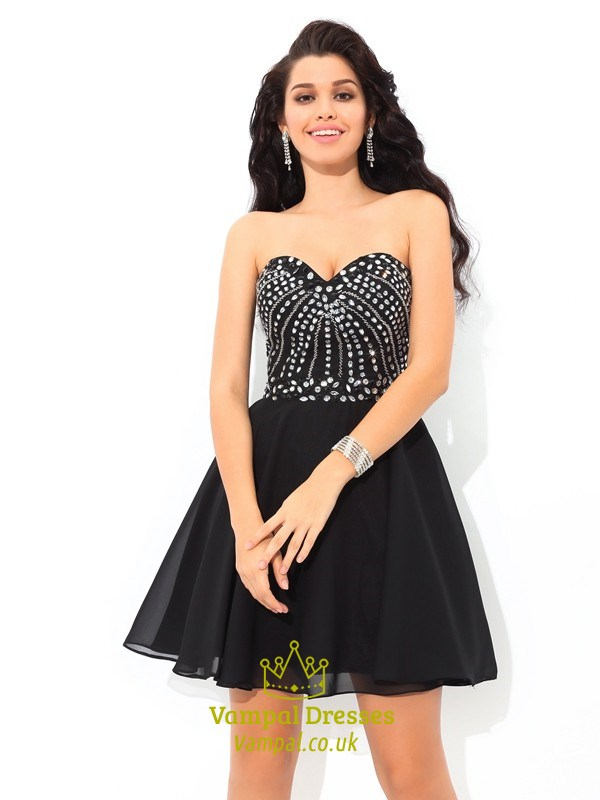 Black Short Strapless A Line Chiffon Homecoming Dress With Beaded