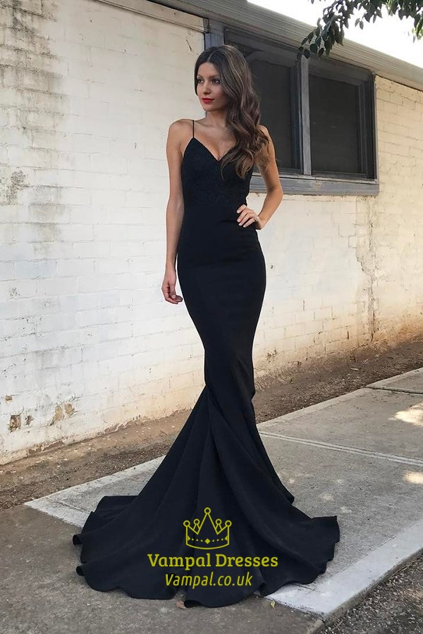 Black Elegant Floor-Length Spaghetti Strap V-Neck Mermaid Evening ...
