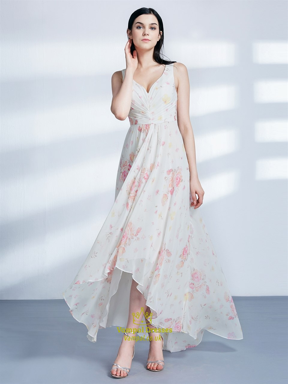906e8def2a694 A Line V Neck Asymmetrical Hem Ruched Chiffon Floral Maxi Dress
