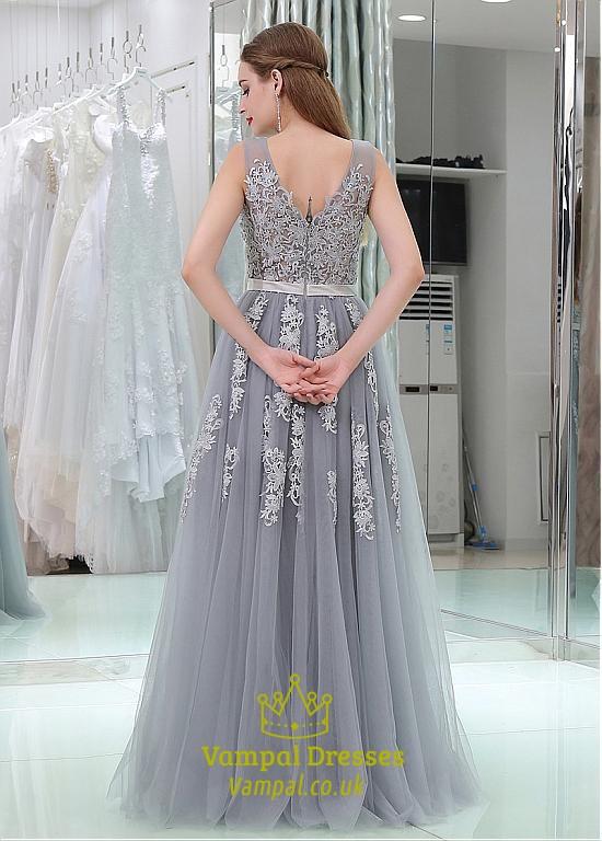 Princess A Line Grey V Neck Sleeveless Applique Tulle Prom