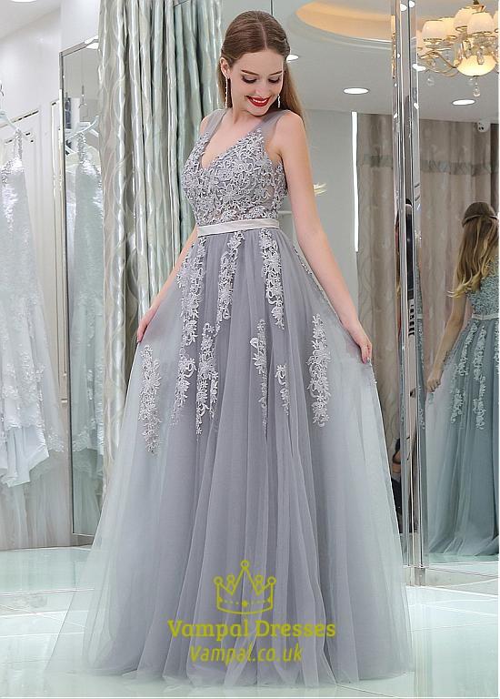 a725586c4bcf1 Princess A Line Grey V Neck Sleeveless Applique Tulle Prom Dresses ...