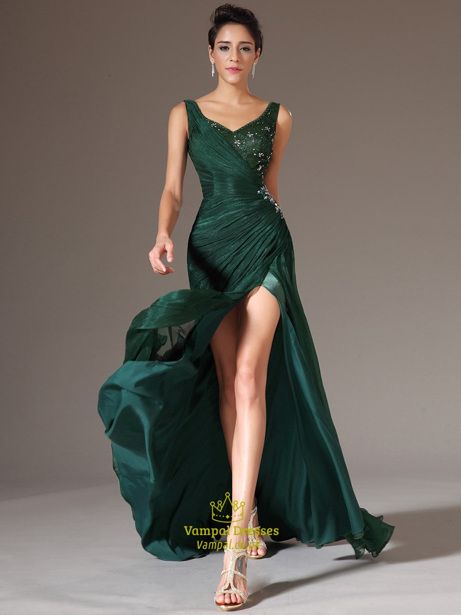 Emerald Green V Neck Beaded Long Organza Prom Dress With