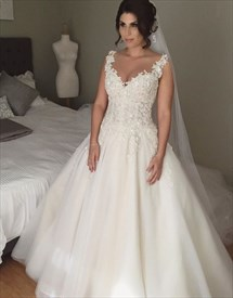Sleeveless Sweetheart Lace Applique Open Back Ball Gown Wedding Dress