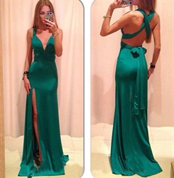 Green Spaghetti Strap Deep V Neck Criss Cross Back Prom Dress With Bow