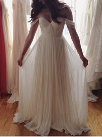 Ivory Sweetheart Neckline Off The Shoulder Long Chiffon Dress