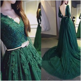Green V Neck Embellished Lace Long Sleeve Backless Prom Dress