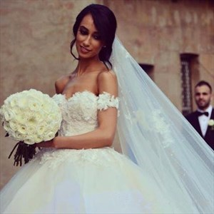 Ivory Off The Shoulder Sweetheart Lace Top Ball Gown Wedding Dress