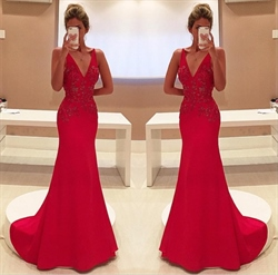 Elegant Red V Neck Embellished Sleeveless Mermaid Formal Dress