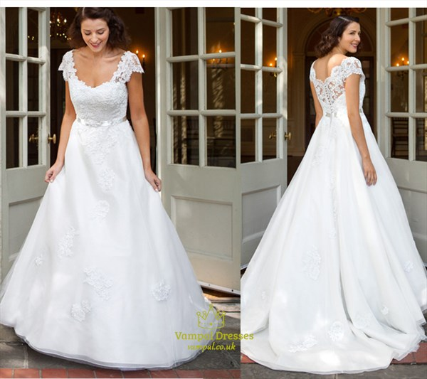 White Lace Embellished Top Ball Gown Wedding Dress With
