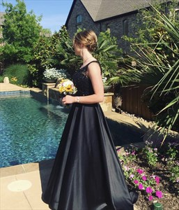 Black Sleeveless Lace Top Floor Length Ball Gown Prom Dress