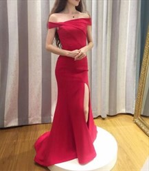 Red Elegant Off The Shoulder Evening Gowns With Side Cutouts