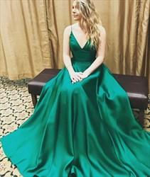Emerald Green Spaghetti Strap V Neck Sleeveless Long Prom Dress