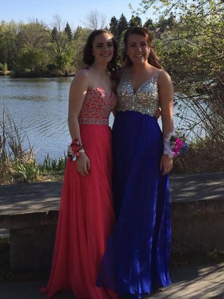 Royal Blue V-Neck Sequin Embellished Backless Long Prom Dress