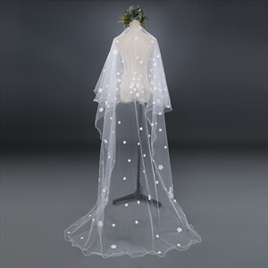 One-Tier Chapel Length Bridal Veil With Satin Flower Embellished