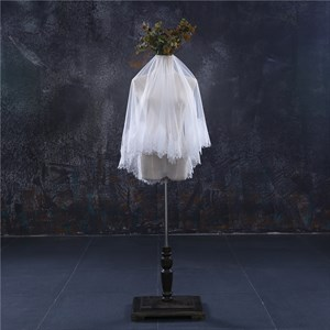 One-Tier White Simple Elbow Bridal Veil With Lace Applique Edge