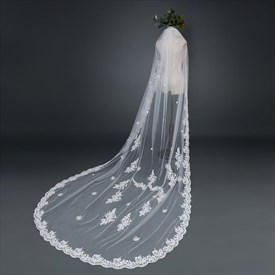 One-Tier Lace Applique Chapel Bridal Veil With Lace Applique Edge