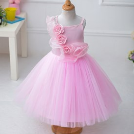 Pink Ball Gown Flower Girl Dresses With Spaghetti Straps And Flowers