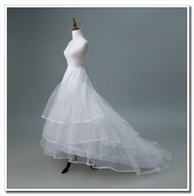 Women Tulle Nylon/Ribbon Four-Tier Petticoat With Chapel Train