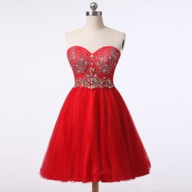 Red Sweetheart Backless Knee-Length Homecoming Dresses With Rhinestone