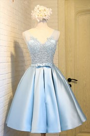 Light Blue Sleeveless V Neck A Line Homecoming Dress With Lace Applique