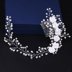 Charming Imitation Pearls Ceramic/Artificial Flower Bridal Comb