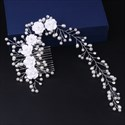 Charming Imitation Pearls Ceramic/Artificial Flower Bridal Comb