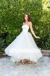 Elegant Off The Shoulder Floor Length Wedding Dress With Lace Bodice