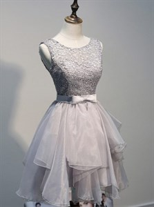 Grey Elegant Sleeveless Lace Top Short Homecoming Dress With Open Back