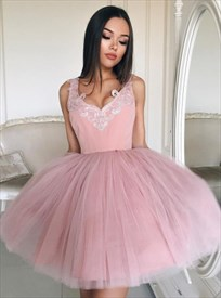 Sleeveless Lace Embellished Tulle Short Ball Gown Homecoming Dress