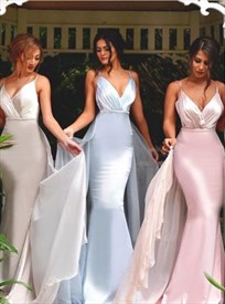 Spaghetti Strap V-Neck Mermaid Bridesmaid Dress With Chiffon Train