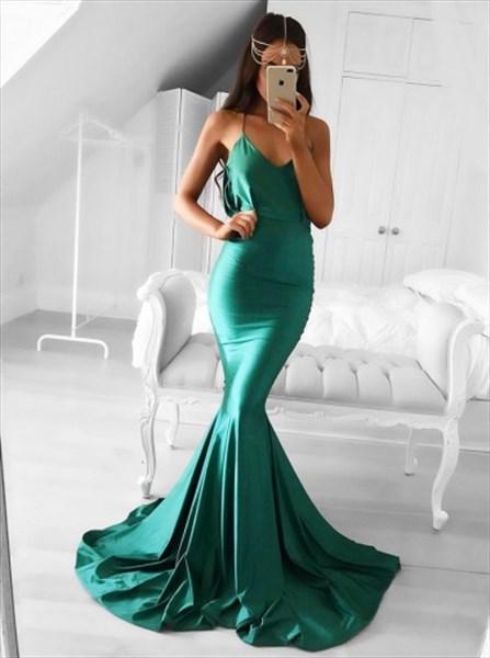 Emerald Green Spaghetti Strap V-Neck Mermaid Floor Length Prom Dress