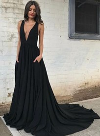 Black Sleeveless Backless Plunge V-Neck A-Line Prom Dress With Train
