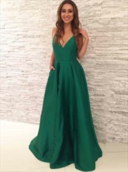 Elegant Emerald Green A-Line Sleeveless V-Neck Floor Length Prom Dress