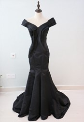 Black Off The Shoulder V Neck Floor Length Mermaid Satin Prom Dress