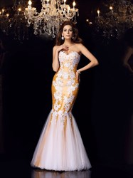 Elegant Strapless Mermaid Floor Length Tulle Prom Dress With Appliques