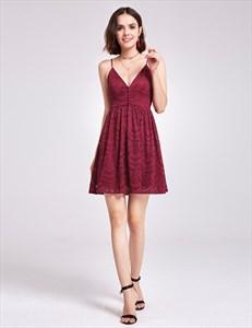 Burgundy Spaghetti Strap V-Neck A-Line Short Lace Homecoming Dress