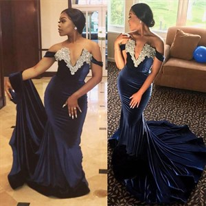 Trumpet/Mermaid Off The Shoulder Deep V-Neck Velvet Long Formal Dress