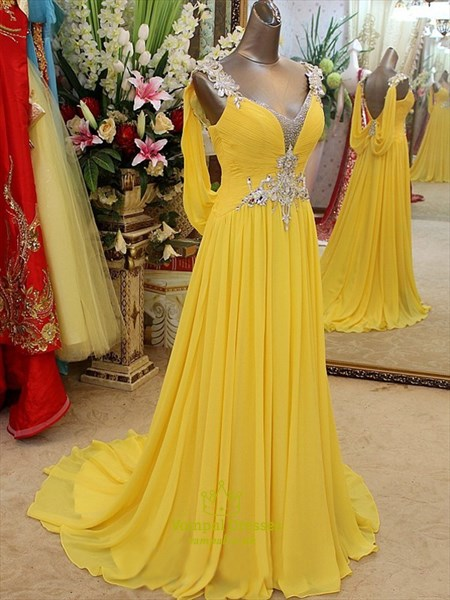 Elegant Yellow Sleeveless A-Line Floor Length Chiffon Evening Dress