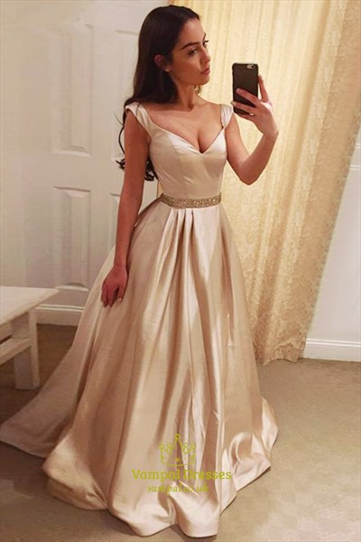 A-Line Elegant Floor-Length V-Neck Evening Dress With Beaded Waist