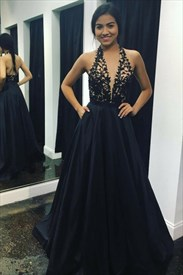 Elegant Navy Blue Halter Neck Sleeveless Prom Dress With Applique