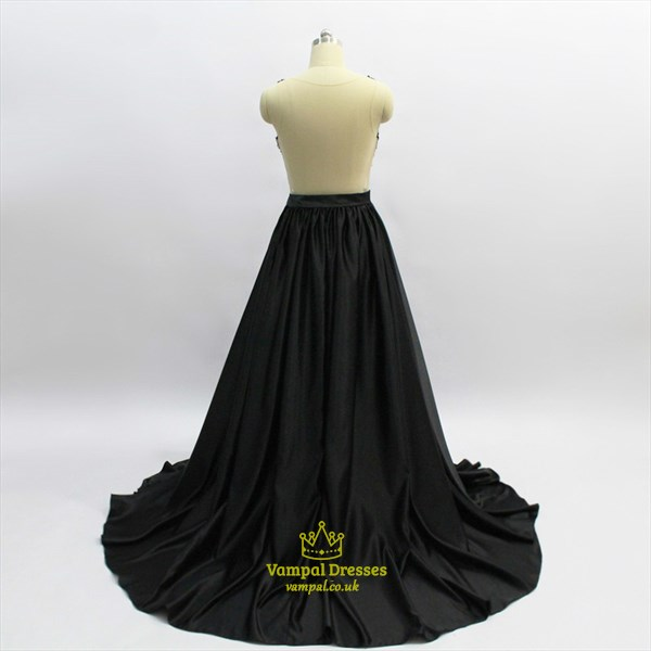 Black Deep V Neck Sleeveless Beaded Pleated Prom Dress With Train