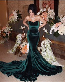 Teal Sweetheart Sleeveless Velvet Mermaid Prom Dress With Sweep Train