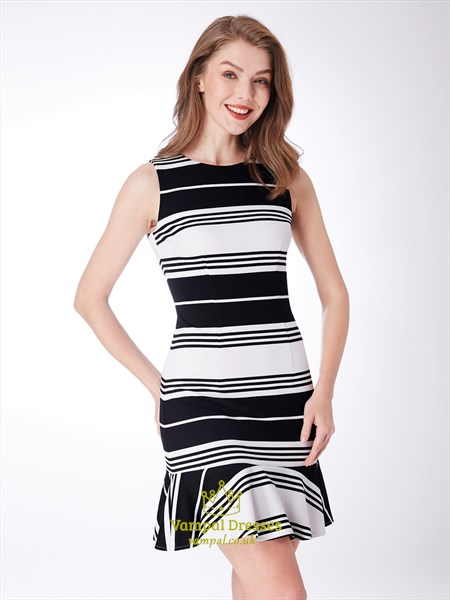 High Neck Sleeveless Sheath Black And White Knee Length Striped Dress