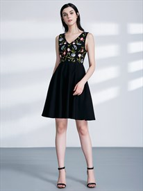 Black V Neck Sleeveless Embroidered Polyester Short Prom Dresses